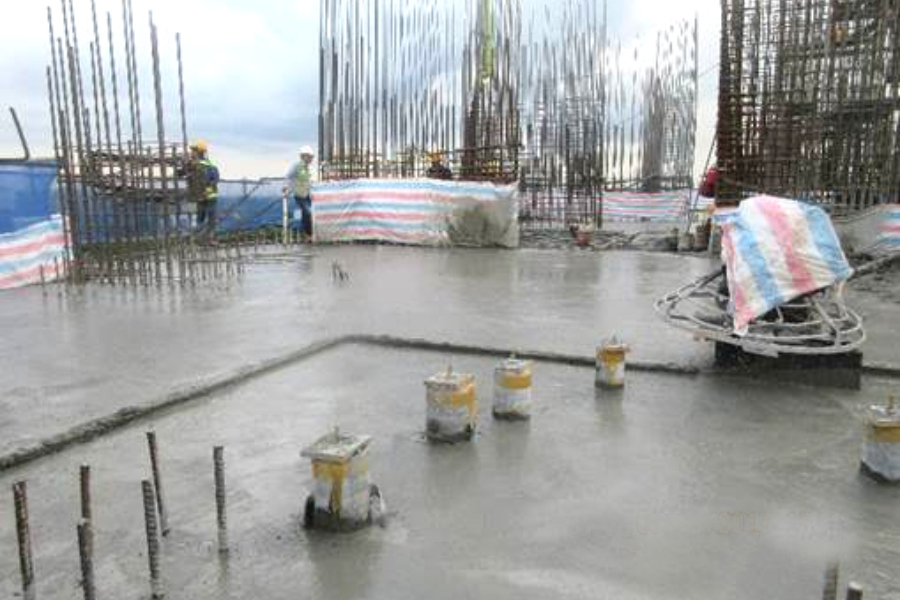Casting concrete at level 11 slab