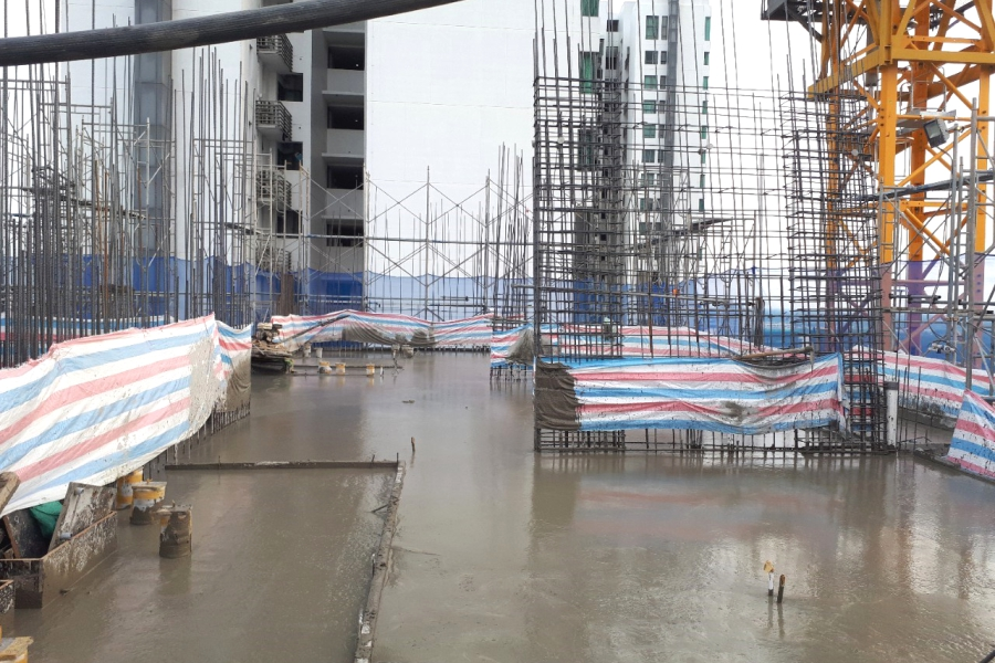 Casting concrete at level 30 slab