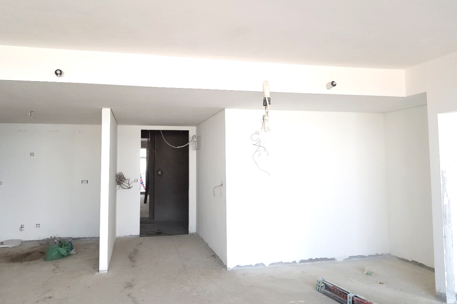 Internal painting work at level 14